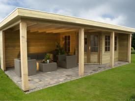 houten tuinhuis met overkapping